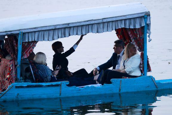 Indias politikere ble nektet adgang til uro-provinsen. Disse EU-politikerne fikk varm velkomst.