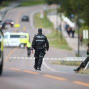 Mann skutt og drept av politi i Sarpsborg. Politiet: – En annen person ble forfulgt og fryktet for livet