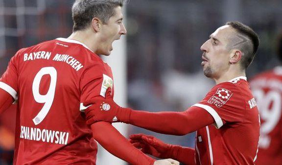 Risa på benken da Köln tapte for Bayern - Jarsteins Hertha tok viktig seier