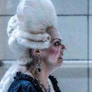 Anmeldelse: Operahandlinger har en tendens til å gå langsomt fremover. «Spar Dame» viser hvorfor det er helt nødvendig.
