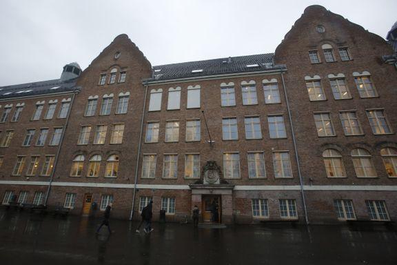 Osloskole tar grep etter tyverier. Ber elever unngå å ta med Airpods på skolen.