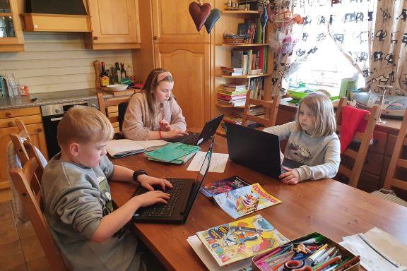 Foreldrene jobber på sykehus. Denne uken måtte 9-, 11- og 13-åringen klare skolearbeidet helt alene.