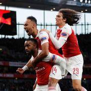 Arsenal har scoret to i semifinalen