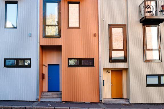 La oss male husene i gladere farger