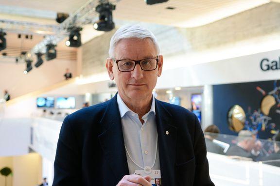 Mange håpte at Carl Bildt skulle bli redningsmannen for Høyres søsterparti. Det blir han ikke.