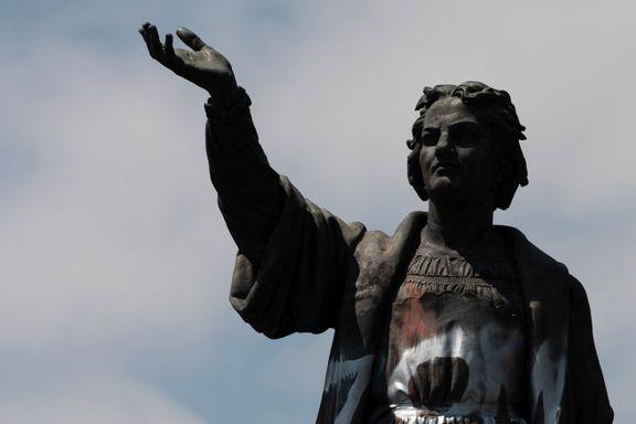 Noen statuer er riktig å rive eller flytte. For eksempel denne.