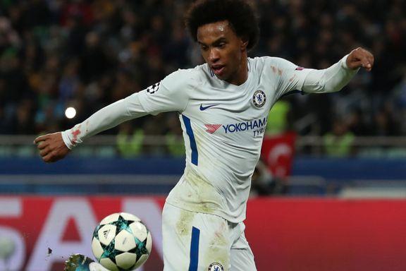 Rødt kort, perlemål og billige straffespark da Chelsea lekte seg videre i Champions League