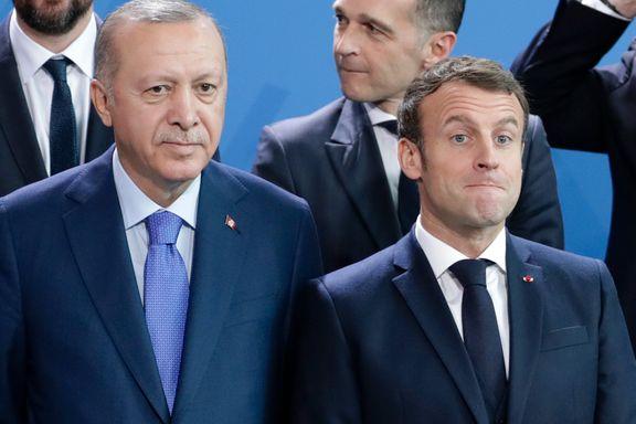 Striden mellom Nato-allierte tilspisses etter islamkrangel. Nå trues det med sanksjoner.