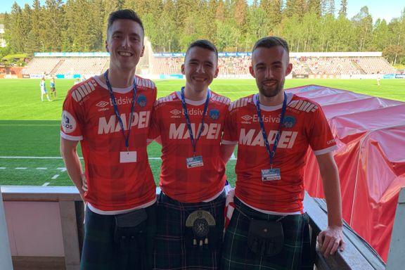 Tre gutter fra Skottland reiste til Norge for å se favorittlaget i 1. divisjon