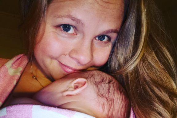 Tiden som nybakt mor ble ikke som hun hadde tenkt. Dette er forskerens syv råd til foreldre med kolikkbarn.