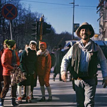 Folk gikk mann av huse for å se ham da han kom til Norge