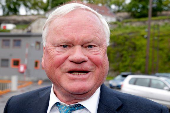 37 av Norges rikeste har bygget formuen på laks. Nå kjemper de mot ekstra skatt på skyhøye overskudd.