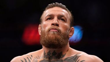 – Conor McGregor pågrepet for blotting