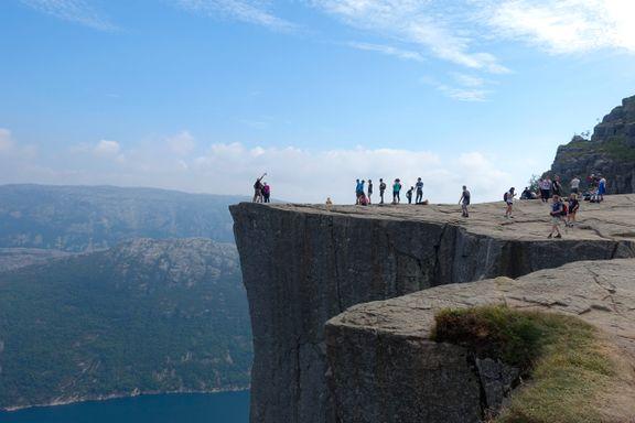 Stor pågang, men lavere inntekter ved feriemålene i Norge