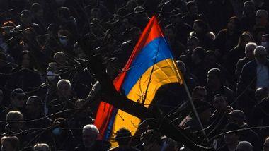 Regjeringsbygg stormet i Armenias hovedstad