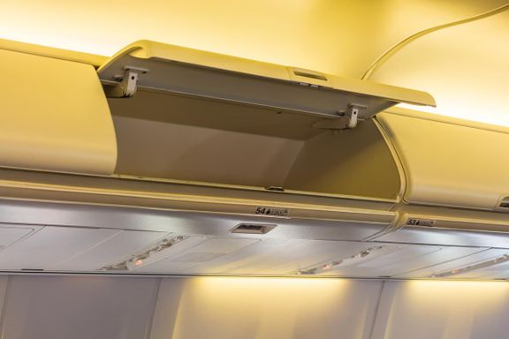 Flyselskap vil at passasjerene skal betale for å bruke hattehyllen