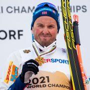 Emil Iversen: – Jeg tror Bolsjunov gjør det med vilje
