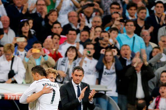 Ødegaard fikk klem av Ronaldo da han endelig fikk debuten