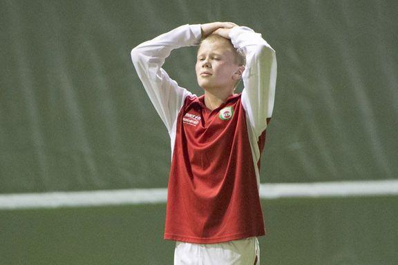 Her spiller han «Gatecup». Seks år senere er stortalentet på A-landslaget.