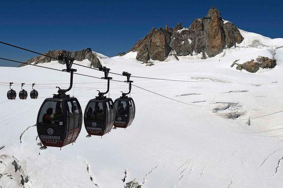 33 personer satt fast i Mont Blanc-gondol i 16 timer. Nå er de endelig reddet.