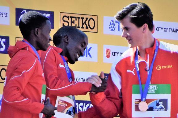 Konkurrenten spår lysende fremtid: Sammenligner Jakob Ingebrigtsen (17) med legende