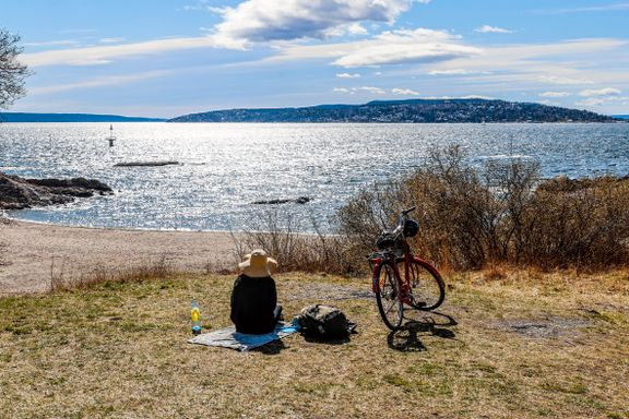 18 grader i Oslo – i nord laver snøen ned