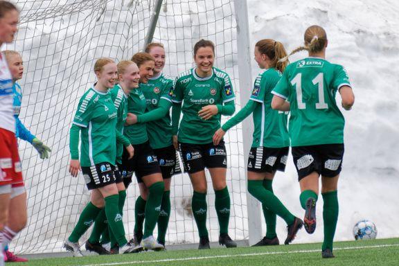 Nysatsingen har gitt en ny hverdag for de beste damespillerne i Tromsø:- Som natt og dag