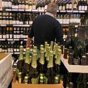Koronastengte grenser gir historisk høyt salg for Vinmonopolet
