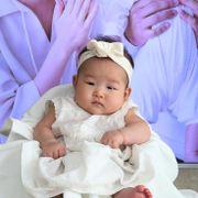 Dagen etter fødselen var hun to år gammel