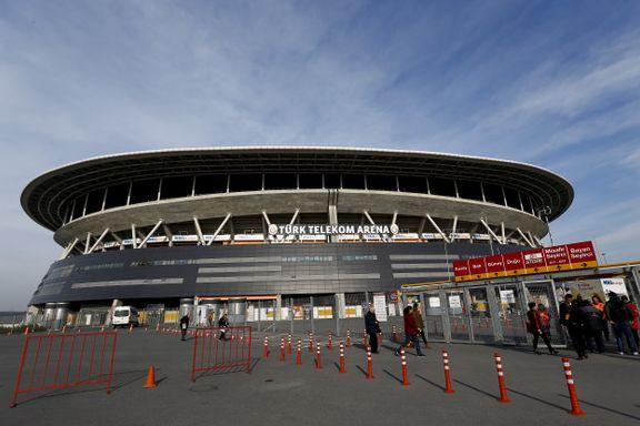 Istanbul-derbyet utsatt etter bombetrussel