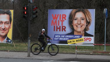 Valgsmell for Merkels parti i to delstater
