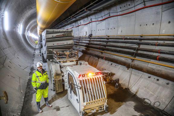Jernbaneprosjekt til 26 mrd. gir ikke flere avganger sør for Ski. Her svarer jernbanesjefen på anklagene.