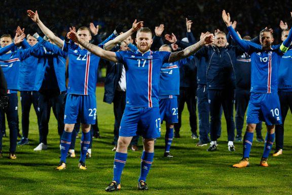 Lille Island fascinerer verden: Treneren måpte da han så journalistene