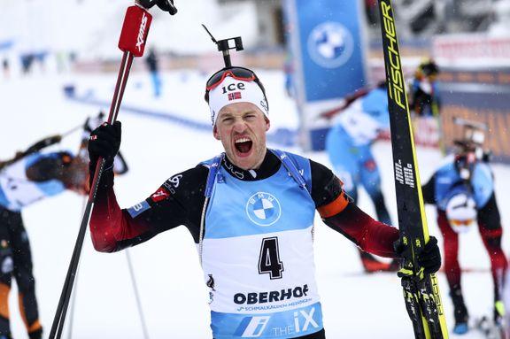 Tarjei Bø vant sin første fellesstart på åtte år: – Så svart på tampen