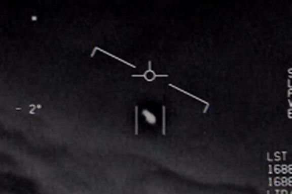 Amerikanske myndigheter i ny UFO-rapport: Undersøkte 144 tilfeller. Kun ett kan forklares.
