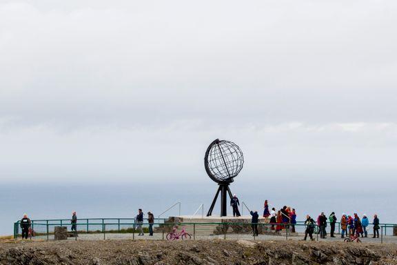 Olav Thon mener Nordkapp-platået bør være gratis for turister
