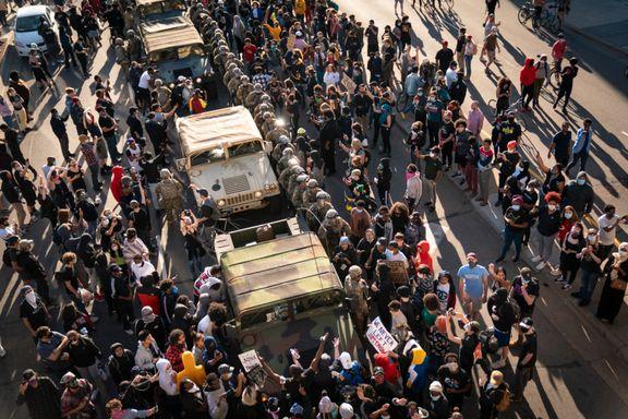 – De fredelige protestene er kapret av voldelige, radikale elementer