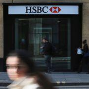 Storbank vil kutte 10.000 ansatte