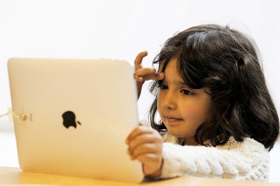Apple-eiere ut mot eget selskap: Krever tiltak for å forhindre avhengighet hos barn