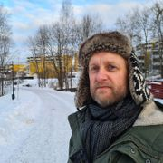 Nabolaget hans ble stemplet som getto. Øyvind Holen ville finne ut hvorfor.