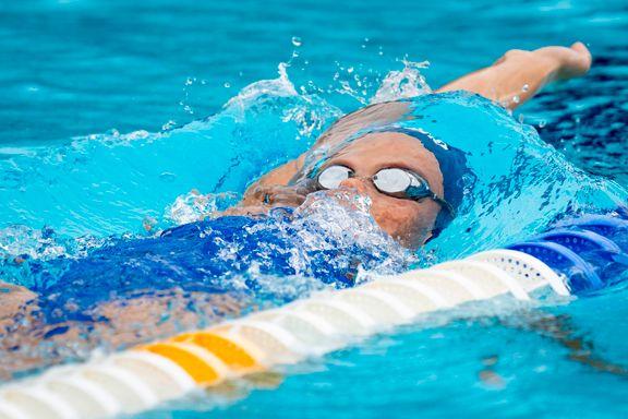 Koronaviruset drepes i løpet av 30 sekunder i svømmebassenget