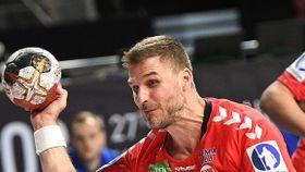 Bjarte Myrhol spares til kvartfinalen: – En vanskelig situasjon