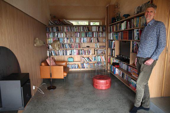 Familien manglet et ekstra rom. Slik ble garasjen til TV-stue med kontor og hems.