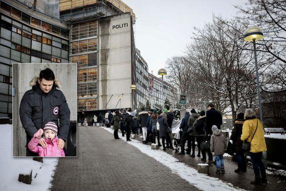 Dette er køen til passkontoret i Oslo. Vi har sjekket status i hele landet.