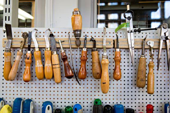 Sko, klær, møbler og sykler. Dette kan du fikse selv og dette kan reparatørene ta seg av.