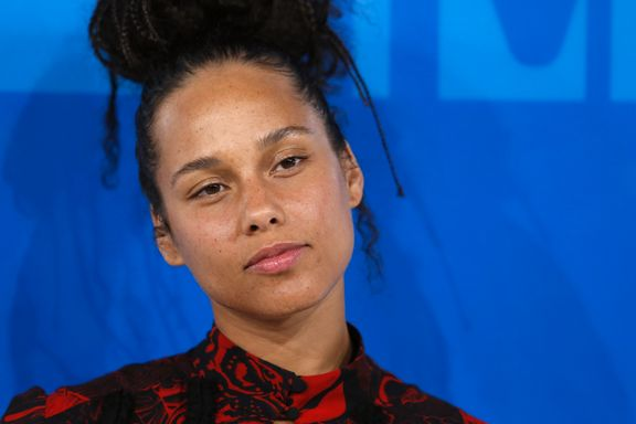 Musikken du må høre nå: Stefamilie-anthem fra Alicia Keys, kald norsk new wave, og skremmende klovne-hit