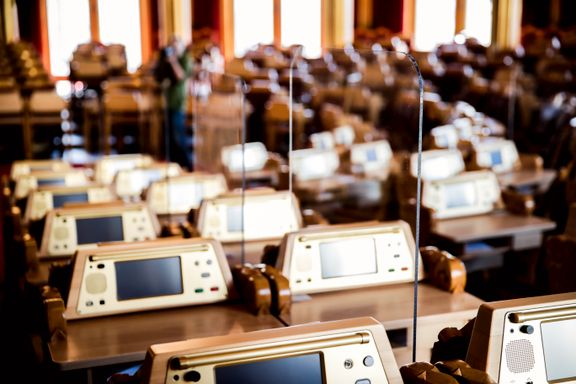 Lovene som vedtas i Norge, er i stor grad skrevet andre steder enn på Stortinget