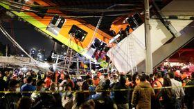 23 personer skal være døde etter at T-banebro kollapset