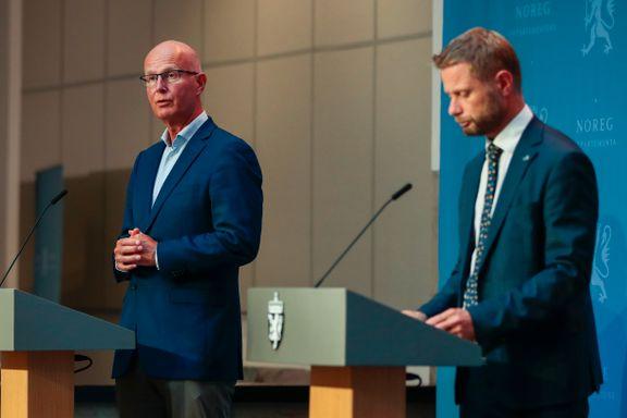 Høie avviser kritikken: – Vi lot oss ikke presse av noen