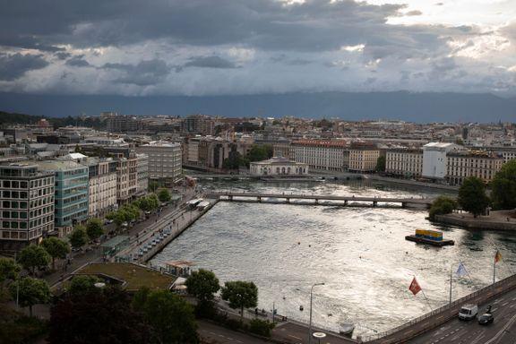 Mens norske regjeringer ville bekjempe skatteparadiser, var UDs mann i Genève involvert i minst 170 anonyme selskaper slike steder
